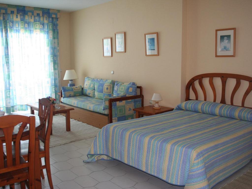 Benal Beach Apartments Apartment in Benalmadena, Malaga
